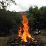 ポーラス竹炭作りに参加しました